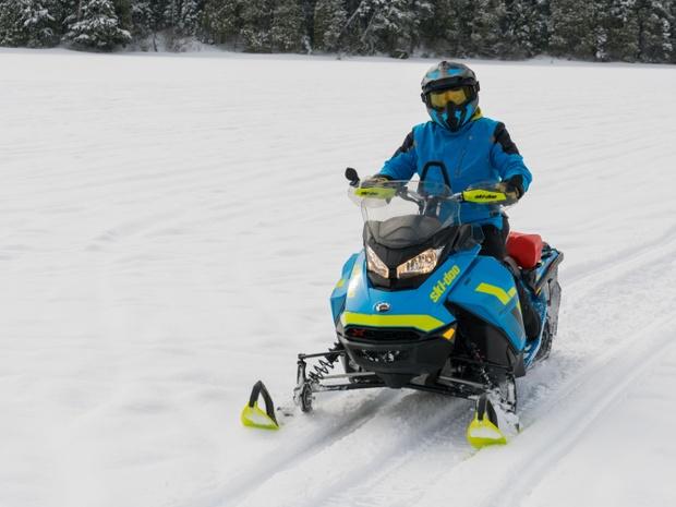 Pourvoirie du Lac Blanc motoneige